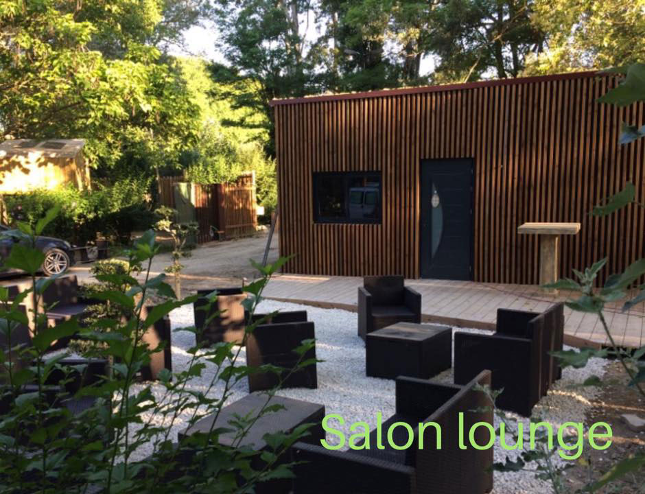 espace lounge camping Suze